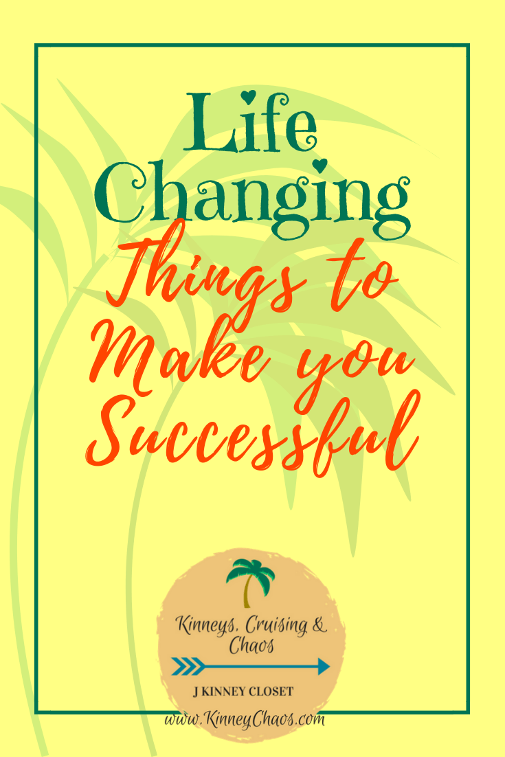 Life Changing Things to Make You Successful. Small changes can and will produce BIG results. Help yourself to be the best person possible. #lifechanges #lifetips #lifehack #positivity #selfworth #positive #goals #smallchanges #bigresults